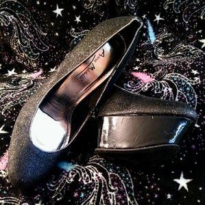 Anne Michelle size 9 shimmering platform stilettos